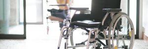 Rollstuhl in Altenheim